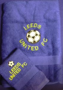 PERSONALISED LEEDS UNITED FC TOWEL SET - FOOTBALL
